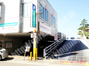 秋田097:南通商店街駐車場_02