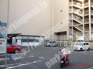 奈良192:タイムズ大和西大寺駅前_02