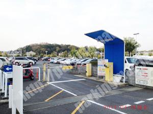 奈良194:ならファミリー中央駐車場_04