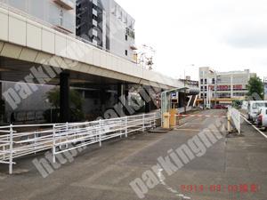 泉023:泉中央駐車場_03